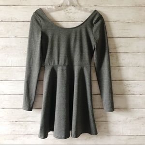 H&M DIVIDED Gray Long Sleeve Fitted Dress Sz Sm K3